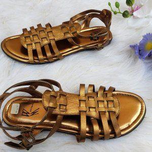 White Mountain Metallic Sandals